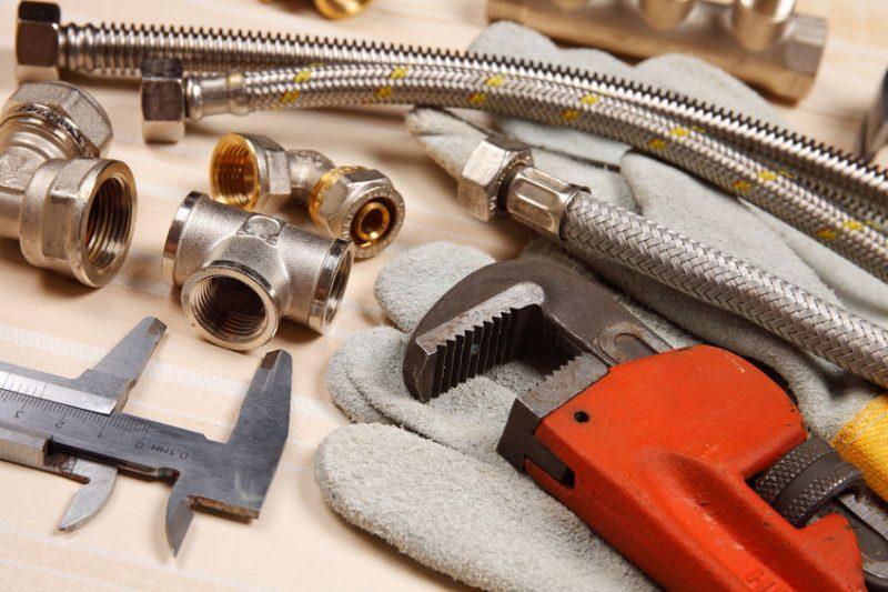 plumbing services in Riverside, CA